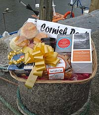 Cornish Luxury Cream Tea Treat Basket