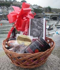 Cornish Strawberry Basket (Important add a message before you add to cart.)